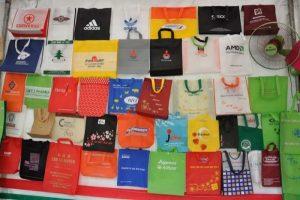 Cách in họa tiết lên túi vải không dệt cho chất lượng tốt nhất 1