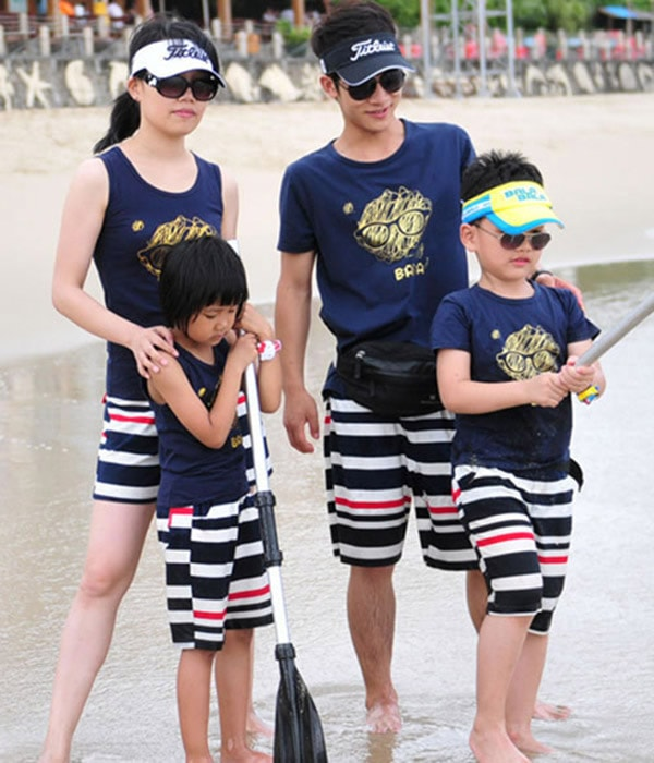 Những mẫu logo in trên áo độc đáo cho gia đình hè 2017