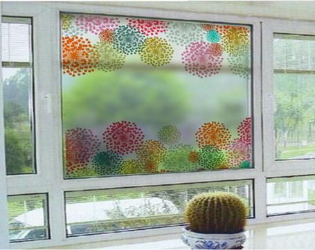 Decal dán kính cửa sổ nhiều màu sắc