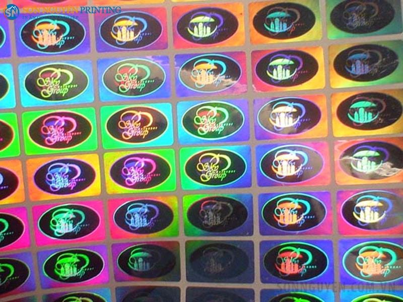 Tem in decal 7 màu là loại tem được sử dụng rất nhiều hiện nay