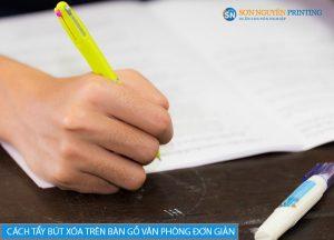 Mách bạn 2 cách tẩy bút xóa trên bàn gỗ văn phòng đơn giản