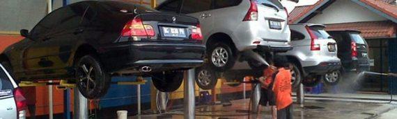 Tư vấn: Có nên rửa xe khi máy còn nóng không?