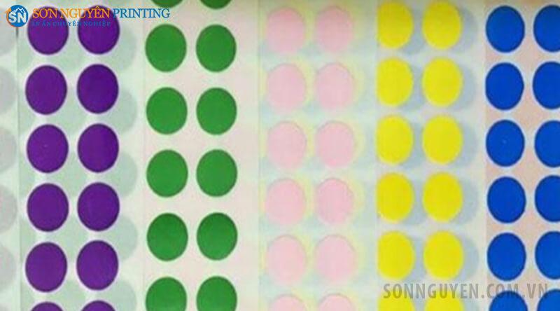 Tem lỗi hình tròn nhiều màu khác nhau