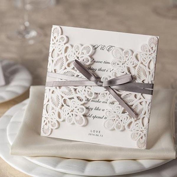 Cần lưu ý gì khi đặt in thiệp cưới?
